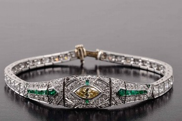 Art Deco platinum diamond emerald bracelet