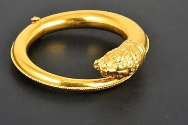Lalaounis 18K YG Lion Head Bangle