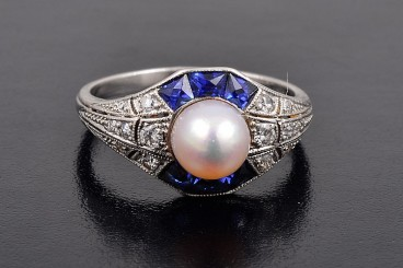 Tiffany natural pearl sapphire diamond ring