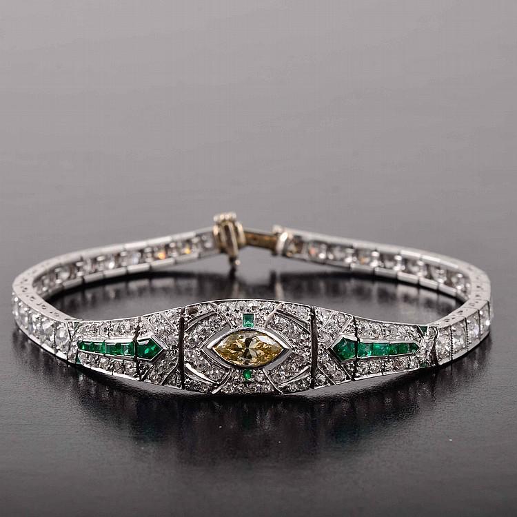 Art Deco platinum diamond emerald bracelet