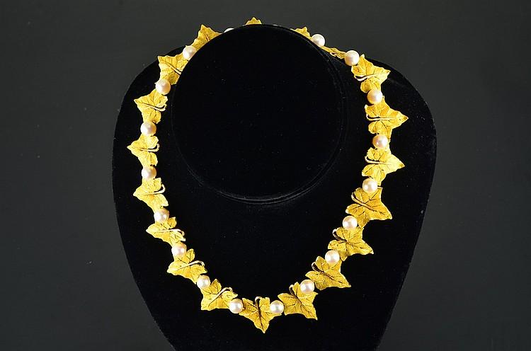 Buccellati 18K YG Pearls Leaf Necklace
