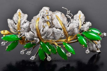 Buccellati jade diamond brooch