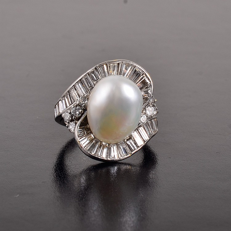Natural pearl diamond ring