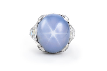 An art deco star sapphire ring sold by Fortuna Auction