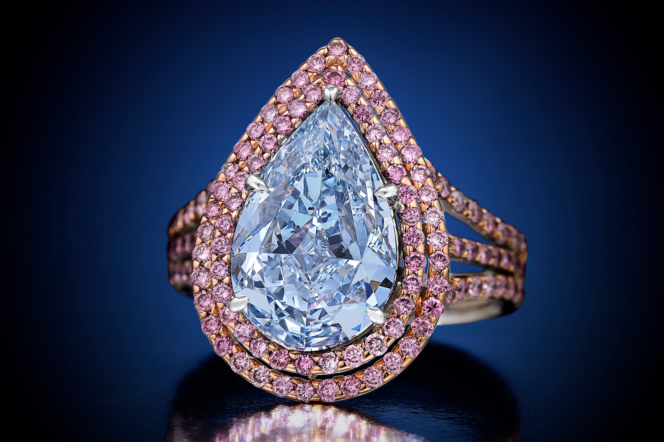 Magnificent Jewels Blue Diamond - Fortuna Fine Jewelry & Watch Auction NYC