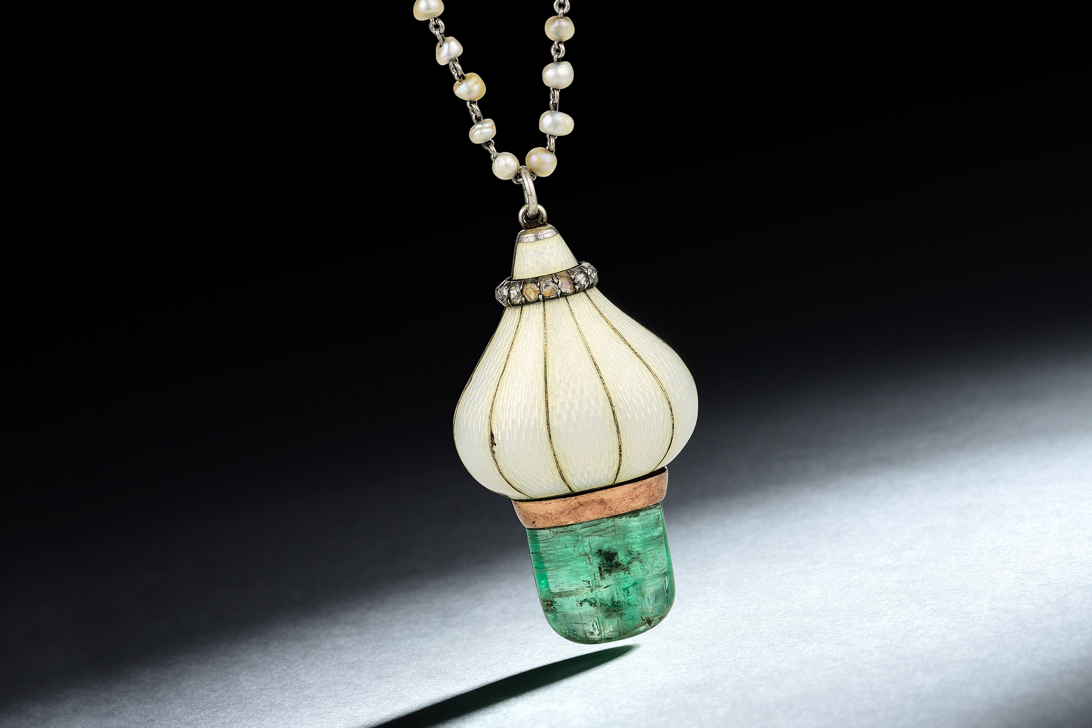 Edwardian Emerald Cabachon Pendant Necklace_Fortuna Exchange March Fine Jewelry and Watches