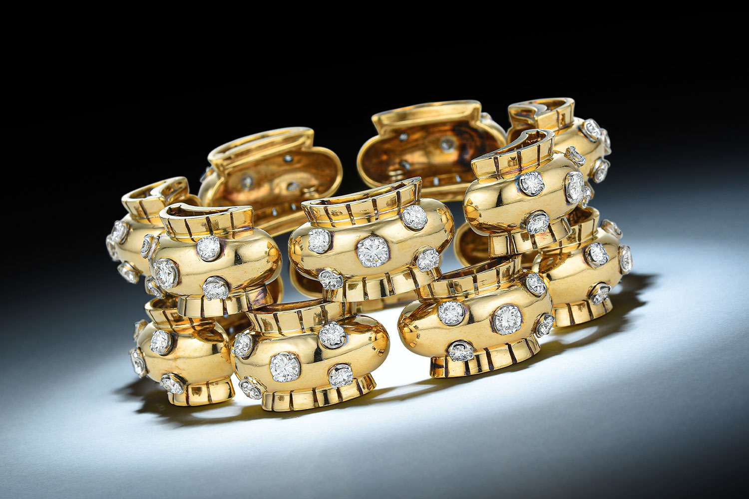 2019DEC Van Cleef & Arpels Retro Gold Diamond Bracelet